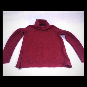 LADIES EXPRESS FASHION RED BLACK PULL OVER SWEATER
